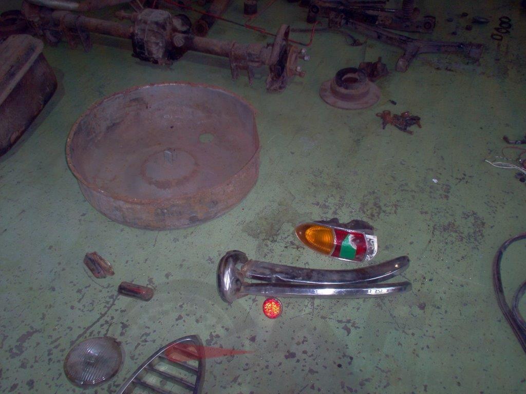 Beleuchtung Restaurierungsbedürftiger Zustand