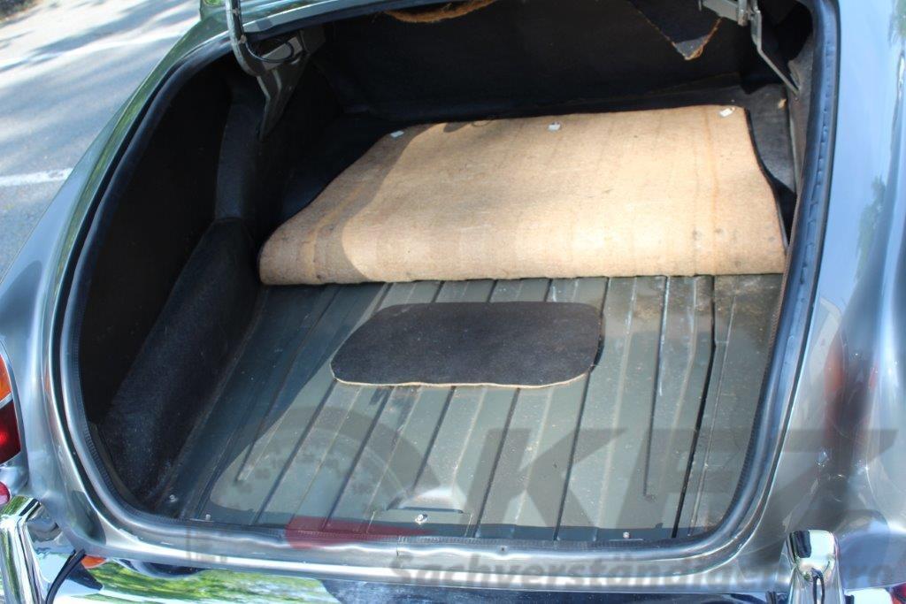 Gepäckraum Gebrauchter Zustand